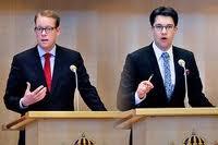 Utvisningsminister Tobias Billström med meningsfrände