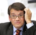 Göran Hägglund funderar över sin dikeskörning