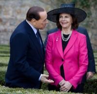 Drottning Silvia med kompis